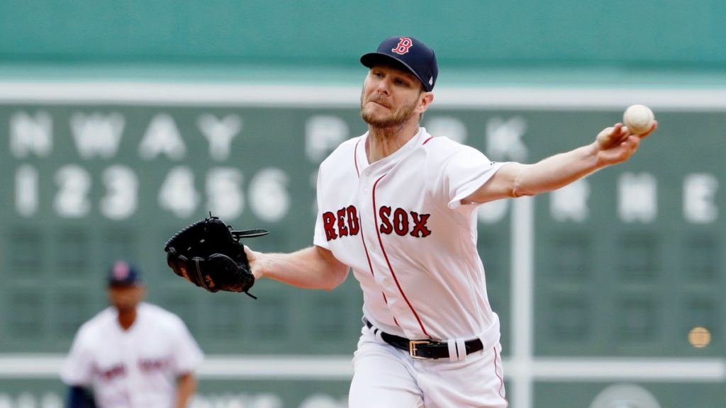 Chris Sale se somete a cirugía Tommy John.